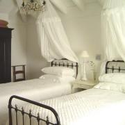 dormitorio, refurbishments Costa del Sol, Marbella, Malaga, Mijas, Fuengirola